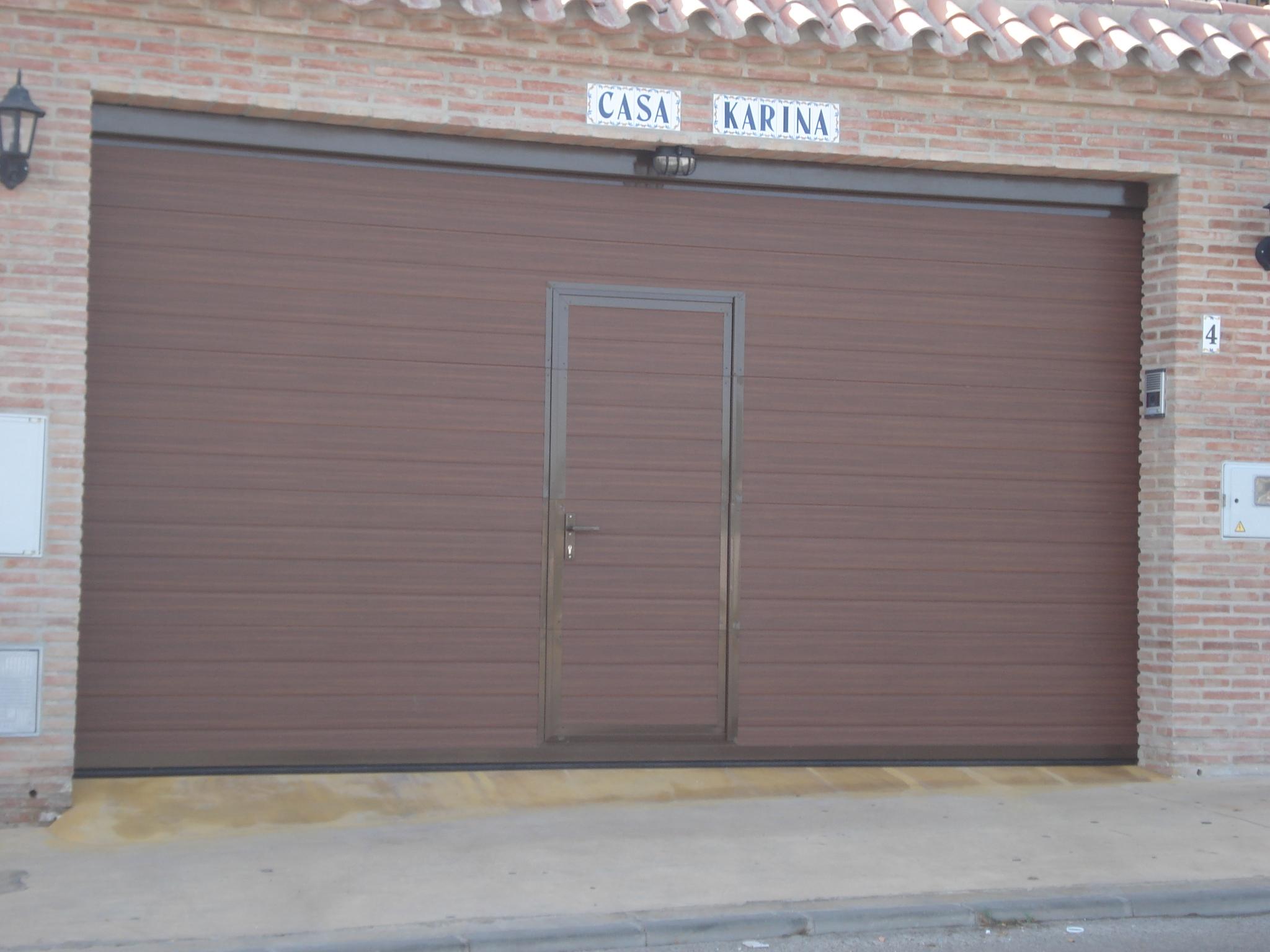 PUERTAS seccional-i.m.-puerta-serv-002