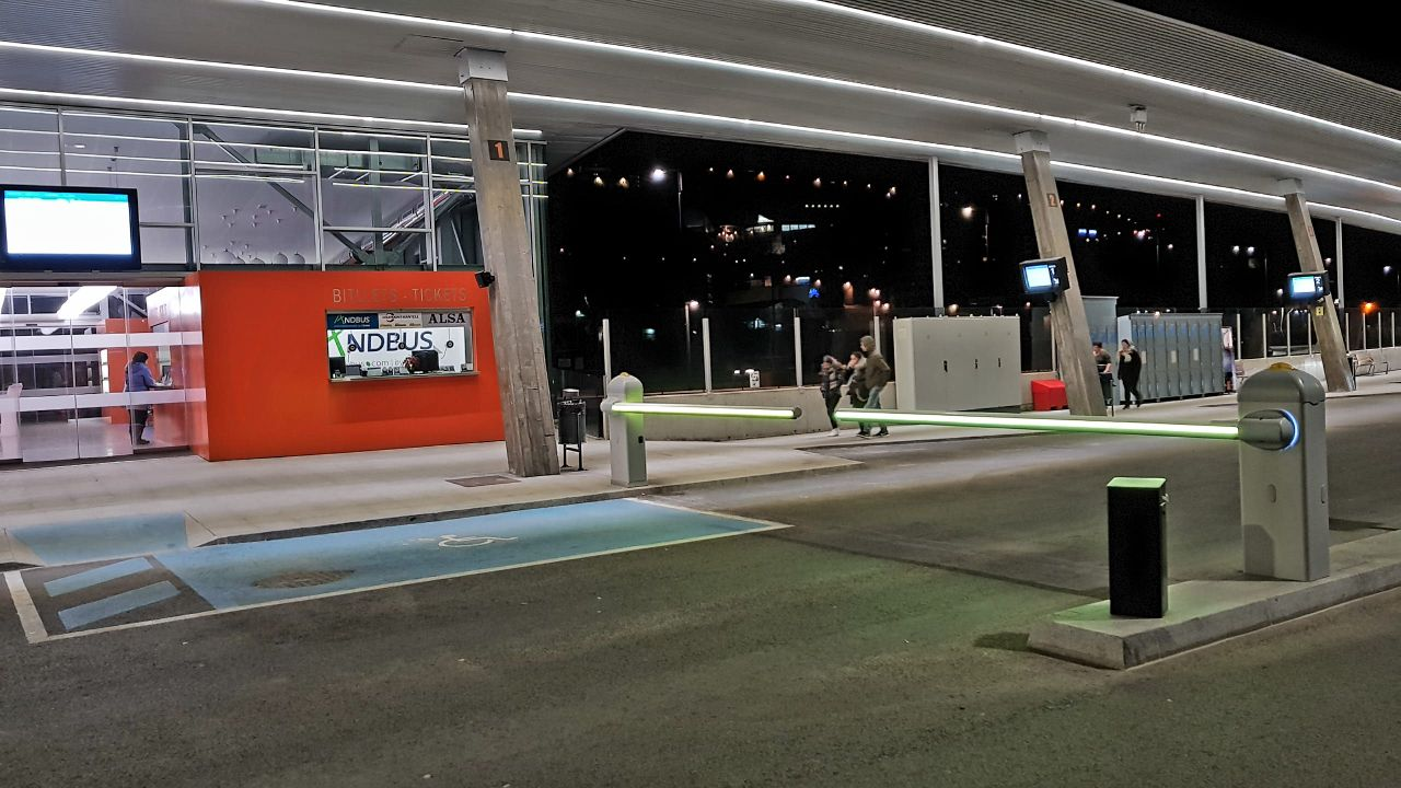 Portamatic hi ha instal·lat el control d'accessos de la nova Estació Nacional d'autobusos.